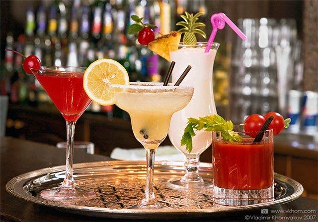 рецепты алкогольных коктейлей.